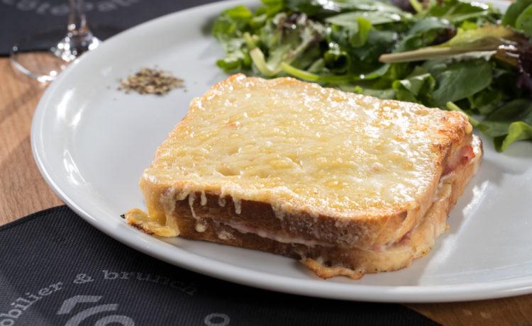 Croque Monsieur et salade (Jambon blanc ou pays)