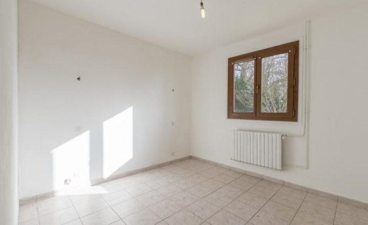 maison 4 chambres avec 5 hectares ! 3