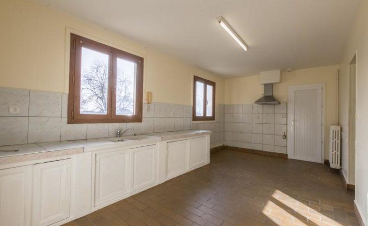 maison 4 chambres avec 5 hectares ! 2