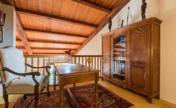 Maison 4 chambres avec 1,3Ha de terrain et  vue sur les Pyrénées 3