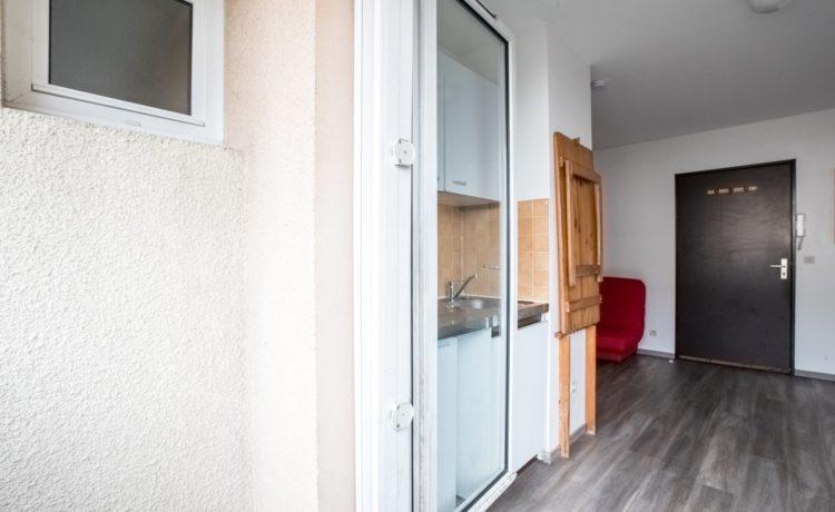 Appartement T1 avec balcon superbe emplacement PAU.