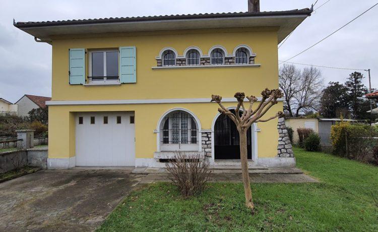Maison de 120m2 proche centre ville Hagetmau 1