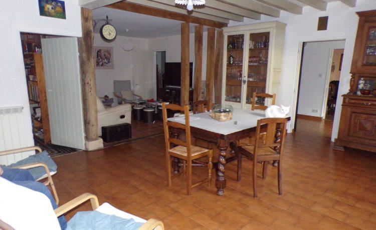 Maison ancienne rénovée 146 m2 3