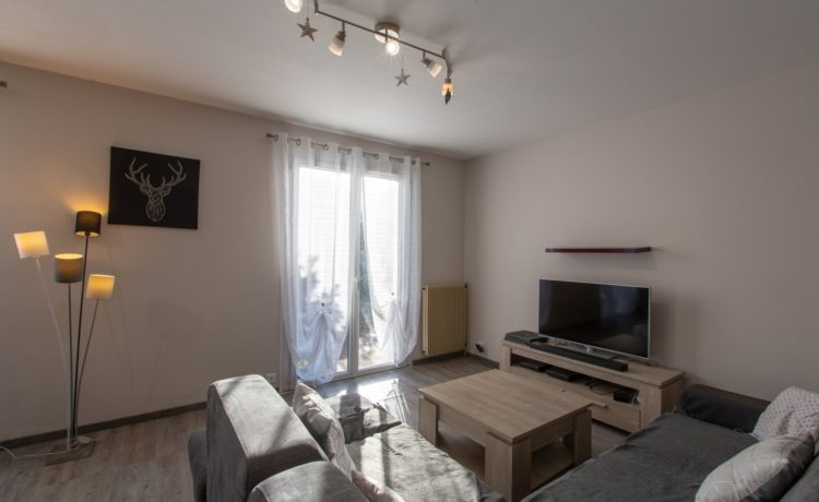 Maison 4 chambres + mezzanine, piscine, spa, terrain de 1073m2. 4