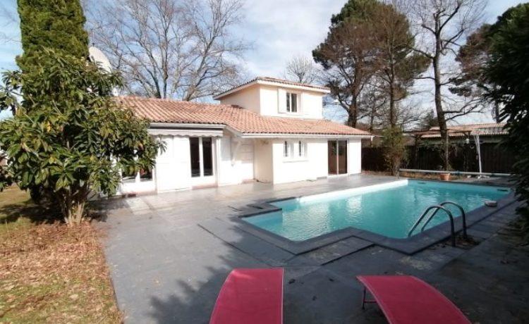Maison 5 pièces piscine double garage 1