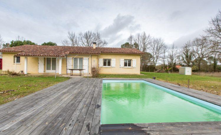Maison contemporaine avec piscine 1