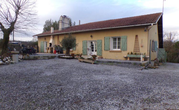 Maison ancienne rénovée 146 m2 1
