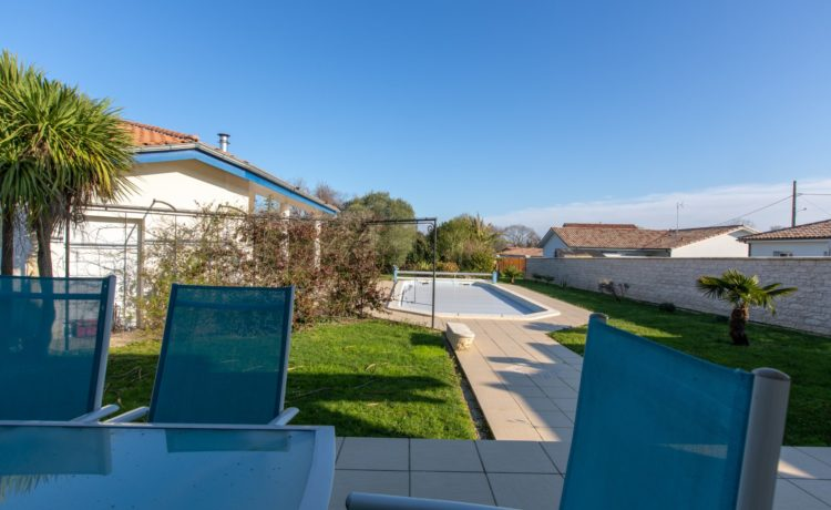 Maison + Gîte avec piscine