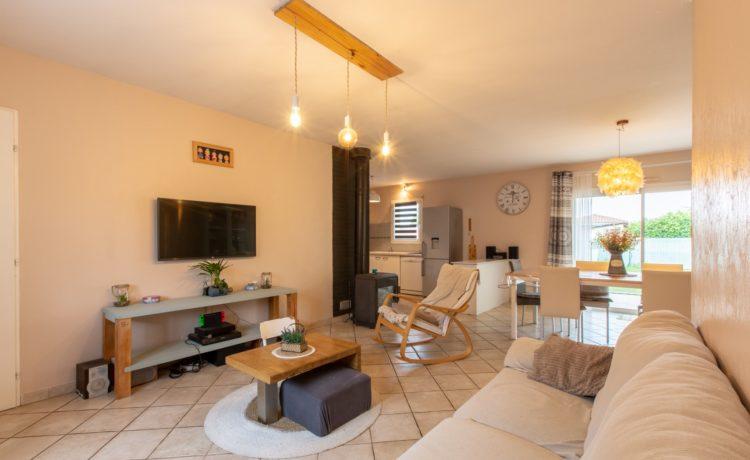 Maison 4 chambres terrain 708 m2 2