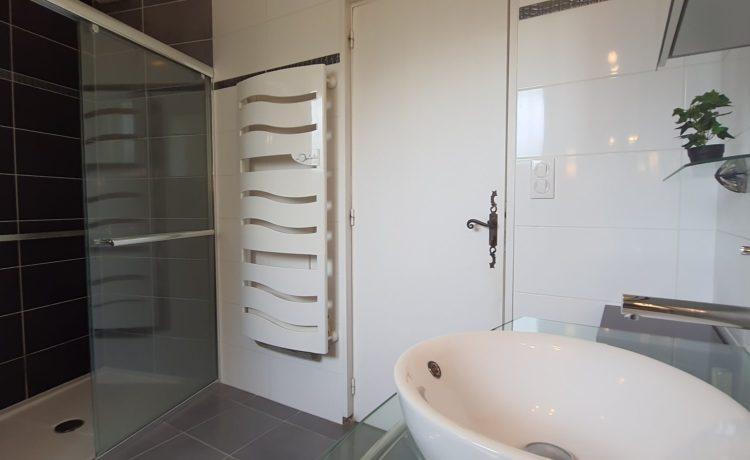 Maison 3 chambres avec piscine et dépendance 4