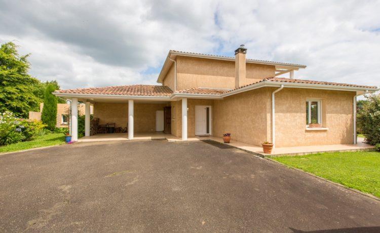 Villa 157 M2 Proche centre-ville de Hagetmau